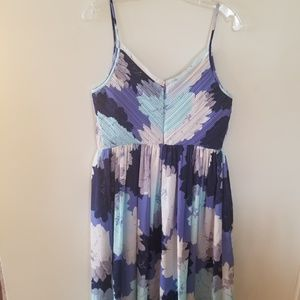 Banana Republic Dresses - Blue banana republic flower dress 8